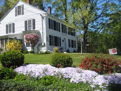Horace Kellogg Homestead Bed & Breakfast - Bed and Breakfast in Amherst