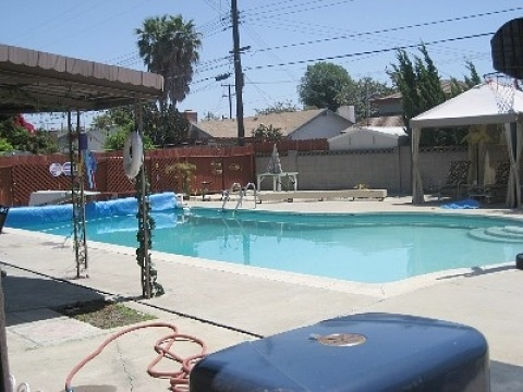 Less than 1/2 block to Disneyland with private poo - Vacation Rental in Anaheim
