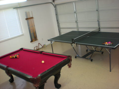 Game Room - Anaheim Vacation Homes