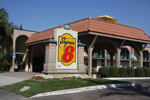 Super 8 Anaheim/ Near Disneyland. - Hotel in Anaheim