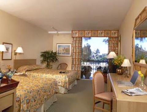 Howard Johnson Plaza Hotel Anaheim Resort