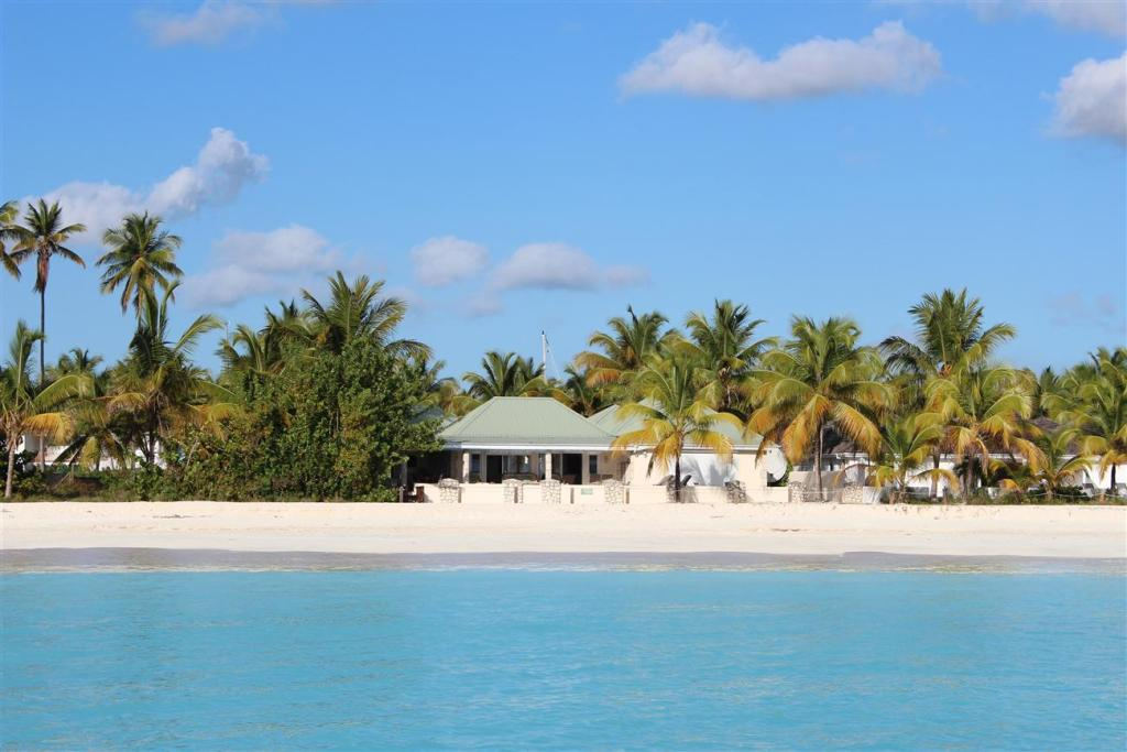 Island View Beach House - Vacation Rental in Antigua