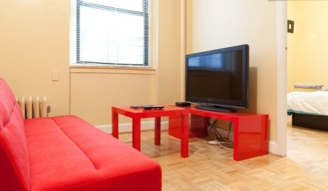 Steps to Subway, Manhattan!  - Vacation Rental in Astoria
