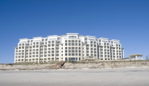 Tranquil Oceanfront Haven - Vacation Rental in Atlantic Beach
