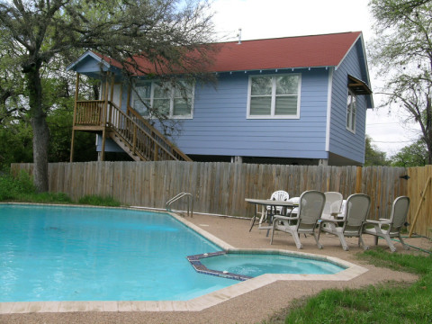 Lone Star House - Vacation Rental in Austin