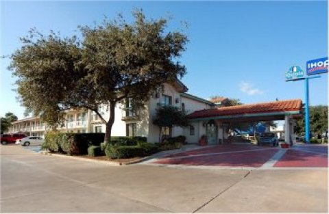 La Quinta Inn Austin I-35 South / Ben White Blvd