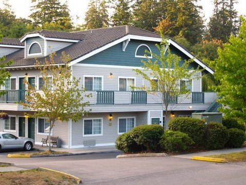 The Island Country Inn - Hotel in Bainbridge Island