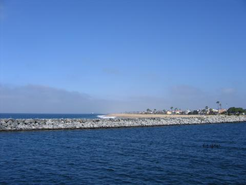 Harbor Inlet and Famous Wedge Beach - Balboa Island Vacation Apartments