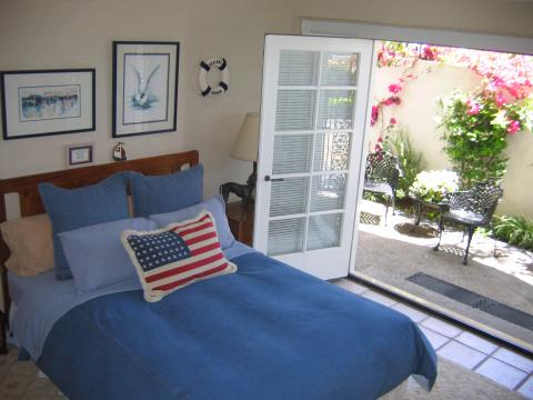 Master Suite - Balboa Island Vacation Apartments