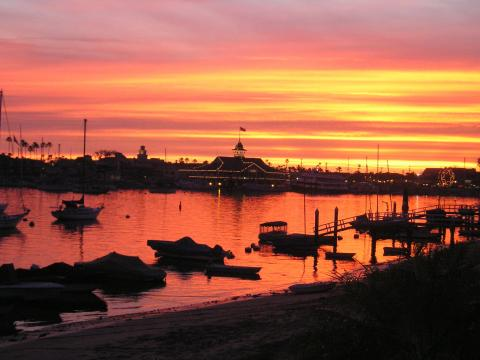 View from Bay Front - Balboa Island Vacation Apartments