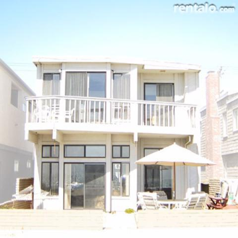 Spectacular Oceanfront Duplex - Vacation Rental in Balboa Newport