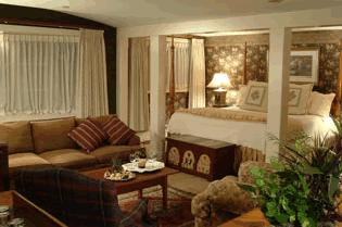 Bedford Village Inn - Bed and Breakfast in Bedford