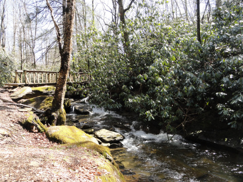 The Lower Pond Creek Trail, located about  two miles from the 4 Seasons, offers a two-mile round trip hike along Pond Creek with large boulders and waterfalls!