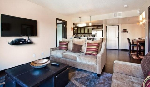Micheal Luxury Apartment - Vacation Rental in Beverly Hills