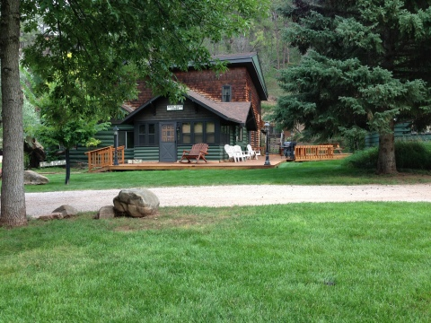 Deer Glen Lodge ...Campground and Cottages - Vacation Rental in Black Hills