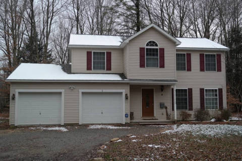 207 GWA - Vacation Rental in Blakeslee