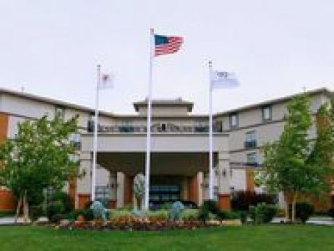 DOUBLETREE BLOOMINGTON HOTEL