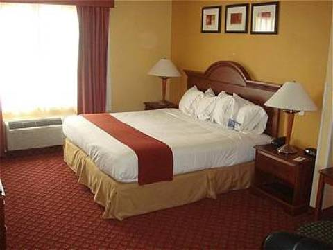 Holiday Inn Express Suites West Bloomington