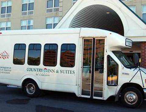 Country Inn & Suites at Mall of America
