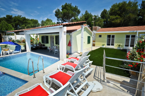 Secluded charmy willa with pool - Vacation Rental in Brac Island