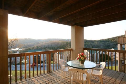 Eagles Nest Resort at Indian Point Only $525  - Vacation Rental in Branson