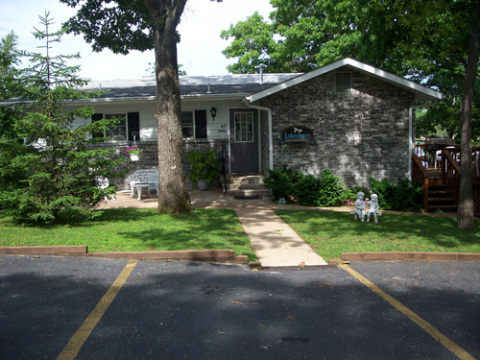 Lakeshore B&B Overlooking Table Rock Lake - Bed and Breakfast in Branson