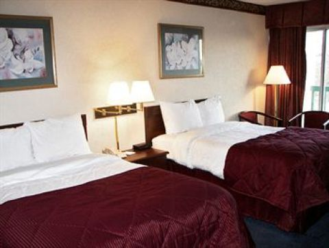 Ramada Inn St Louis Airport