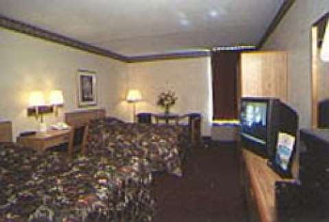 Holiday Inn Express Andrews Air Force