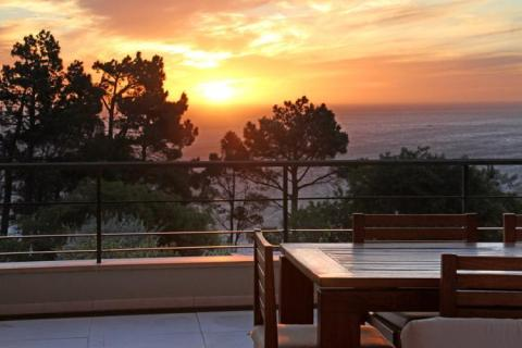 Gryphon House - Vacation Rental in Camps Bay