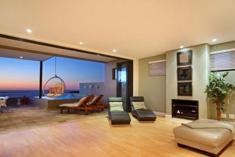 Medburn Views Villa - Vacation Rental in Camps Bay