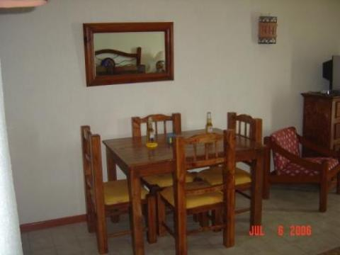 Double Room Dinette Area