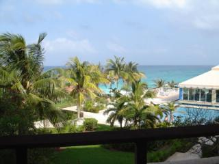 Ocean View with Sounds of the Surf.. - Vacation Rental in Cancun