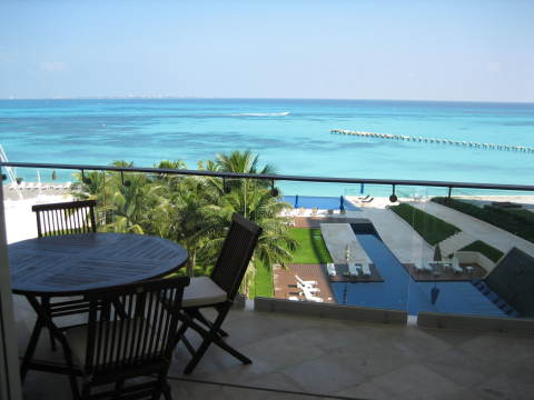 Cancun Beachfront Condo with Spectacular Views - Vacation Rental in Cancun