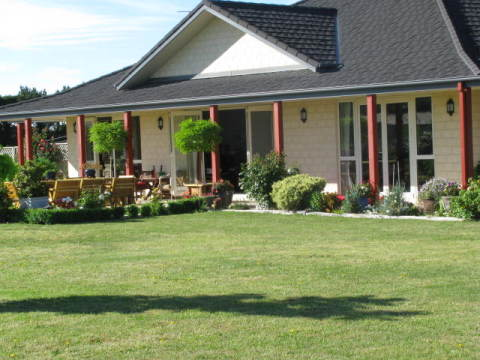 B&B House in Ashburton - Bed and Breakfast in Canterbury
