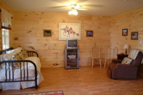 cottage interior living rm. - Cape Breton Island Hotels