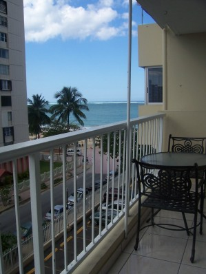 Beautiful Ocean Viewed Studio with Direct Beach Ac - Vacation Rental in Carolina
