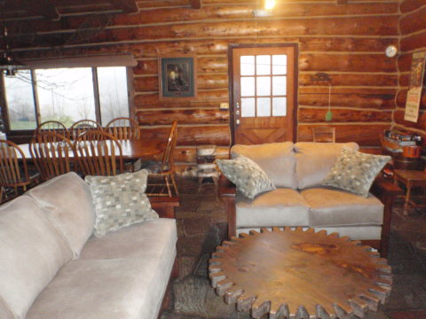 Living room - Catskills Vacation Homes