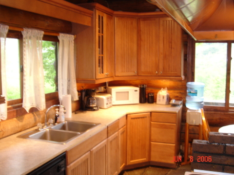 New kitchen! - Catskills Vacation Homes