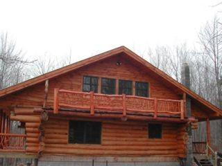 Mountain Log Cabin - Vacation Rental in Catskills