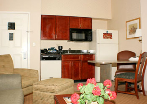 Homewood Suites by Hilton Charlotte-Airport/Colise