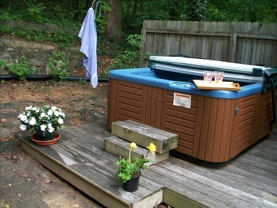 Spectacular Mountain Vistas-Private Hot Tub--Relax - Vacation Rental in Chimney Rock