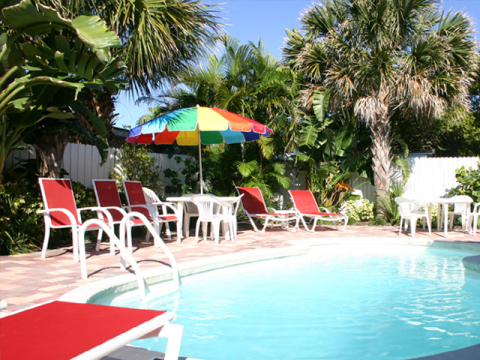 Mango Tango, 2 Heated Pools, Easy walk to Beach - Vacation Rental in Clearwater Beach