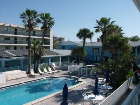 Nautical Watch Beach Resort - Vacation Rental in Clearwater Beach