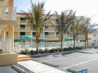 Resort Condo #326,Florida > Clearwater Beach - Vacation Rental in Clearwater Beach