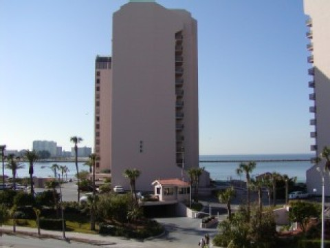 Harbor Light Towers Clearwater Vacation Rental - Vacation Rental in Clearwater Beach
