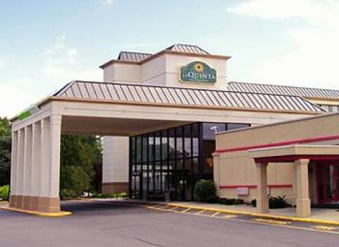 La Quinta Inn & Suites Clifton