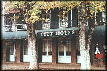 Columbia City Hotel - Bed and Breakfast in Columbia