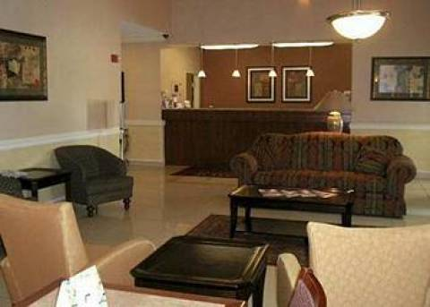 Comfort Suites Columbus West