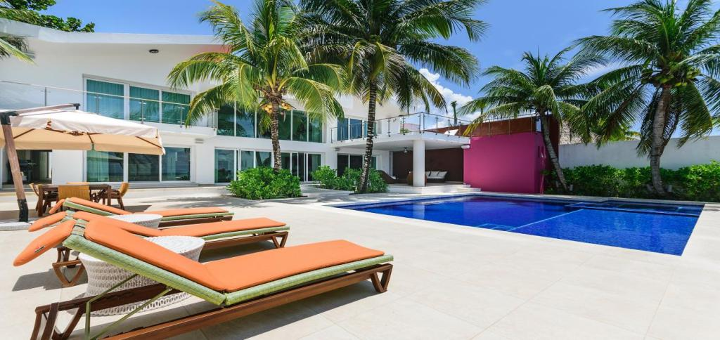 Ultra Luxurious Villa Rosmar for Holidays - Vacation Rental in Cozumel
