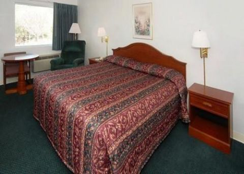 ECONO LODGE CRESTVIEW